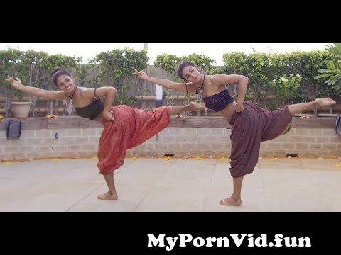 View Full Screen: mukti amp shakti mohan fusion dance on shape of you carnatic mix by indian raga feat aditya rao.jpg