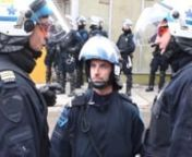 La brigade urbaine du SPVM a été créée en 2009 pour veiller à la sécurité des festivals. Depuis le 15 juillet 2012, son mandat est d'encadrer le déroulement des manifestations. On reconnait ses membres à l'écusson turquoise qu'ils portent sur un uniforme bleu-noir.nnLes «super-patrouilleurs» de la brigade ont reçu une formation spéciale et ont un équipement plus sophistiqué que les patrouilleurs réguliers (dossards jaunes), mais plus mobile que les policiers du groupe d'interven